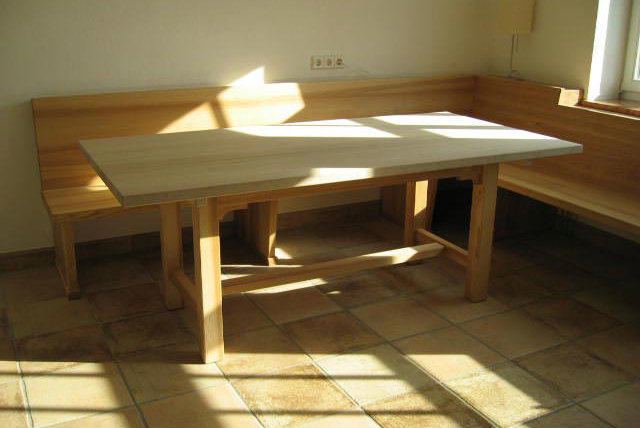 tische aus massivholz f r das esszimmer das b ro oder einen anderen einsatzzweck. Black Bedroom Furniture Sets. Home Design Ideas