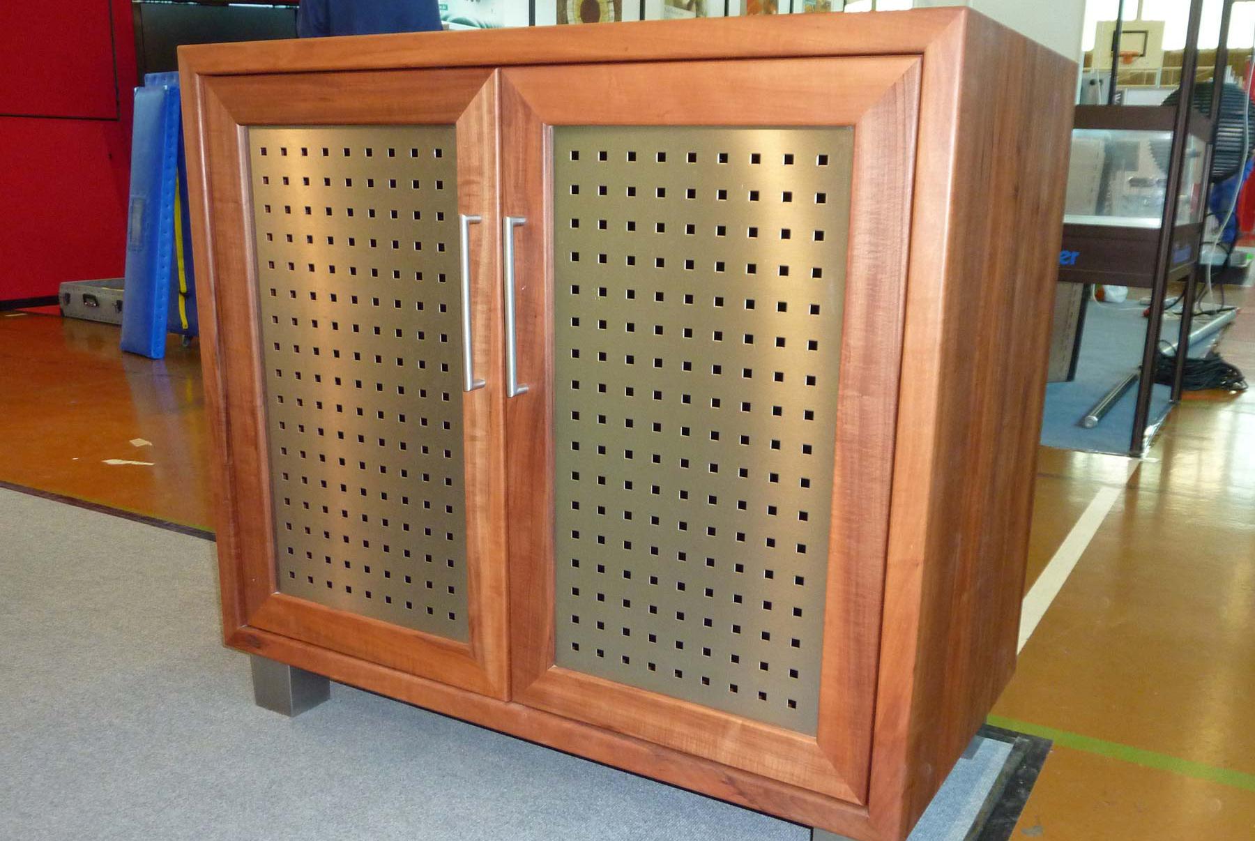 Wohnzimmerm bel sideboard couchtisch tv schrank for Schrank individuell