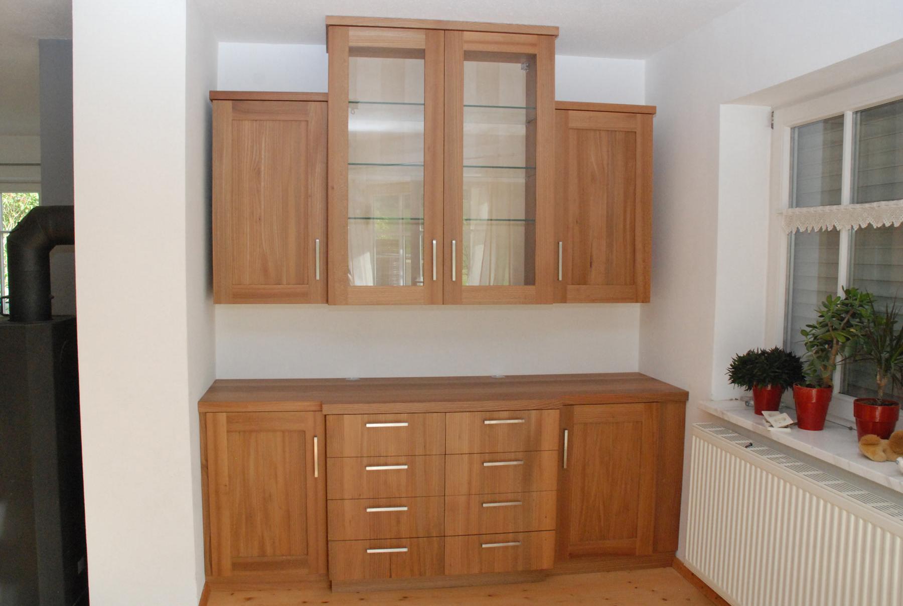 Wohnzimmerschrank In Ulme Massiv